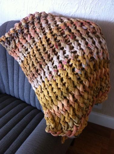 image-god-dignity-man-sari-blanket